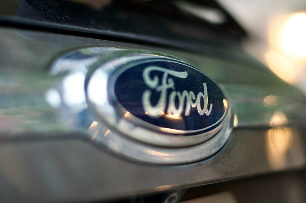 Ford Auto